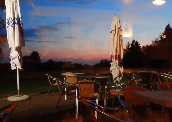 Robertville, Βέλγιο: Vue sur l'extérieur plein sud