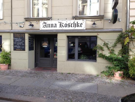 Anna Koschke