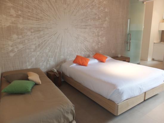 Palazzo Mannaioni Suites : ベッド。