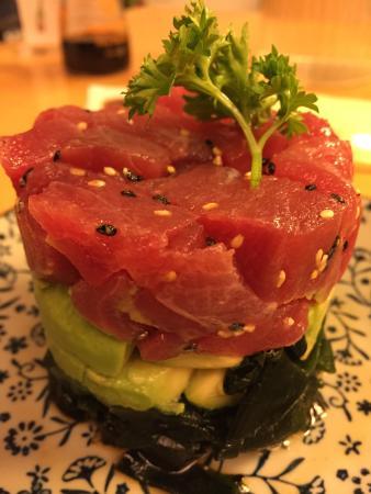 Domo: Tuna avocado salad