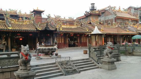 Quanzhou, China: 通淮關岳廟