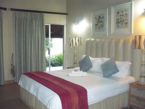 Croc River Lodge: Inside the room
