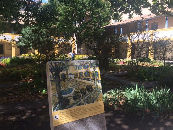 Van Gogh Walk: Hospital Garden