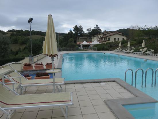 Coldimolino Country House: La piscina