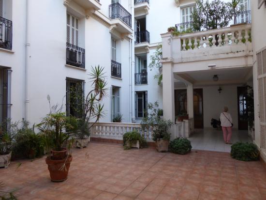 Hotel Cronstadt: Courtyard