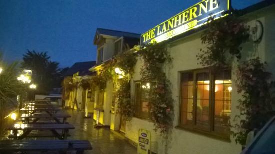 Lanherne Pub & Restaurant