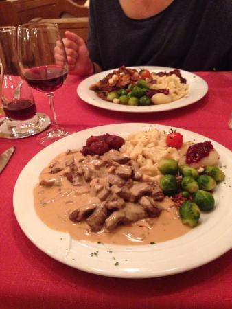 Restaurant Astras: Début de l'automne, un régal de manger la chasse dans ce Resto!