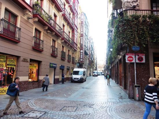 Old Town - Photo de Casco Viejo, Bilbao - TripAdvisor