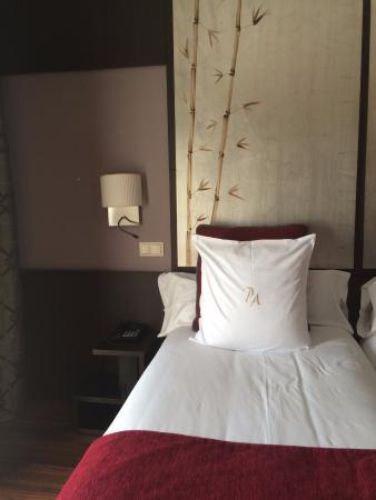 Hotel Paseo del Arte: La habitación