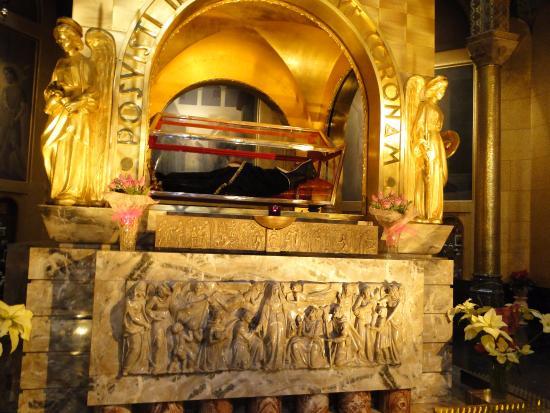 Basilica santa rita de cassia picture of basilica di for Basilica di santa rita da cascia