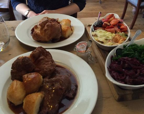The George at Burpham : Superb Sunday lunch