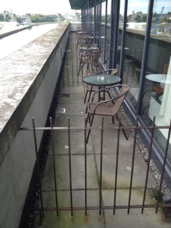 Drogheda, Irlanda: i balconi