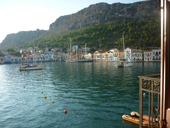 Hotel Kastellorizo: Spectacular Kastellorizo harbour