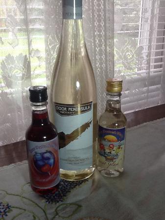 Door Peninsula Winery: Sweet but tasty
