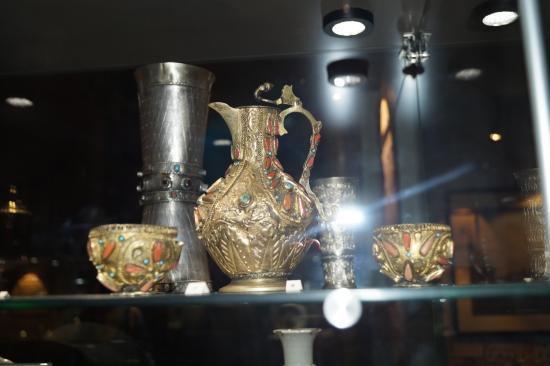 Bucharest Municipal Museum: Sutu Palace