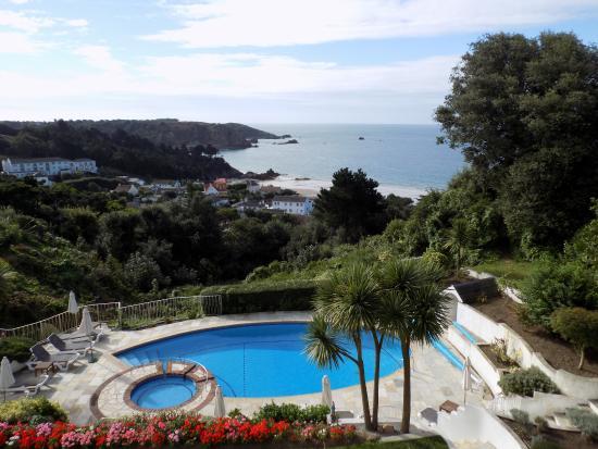 وايندميلز هوتل: the view from our private balcony