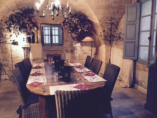 Uzes Wine School