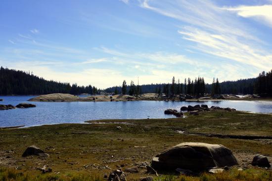 Angels Camp, Καλιφόρνια: Alpine Lake