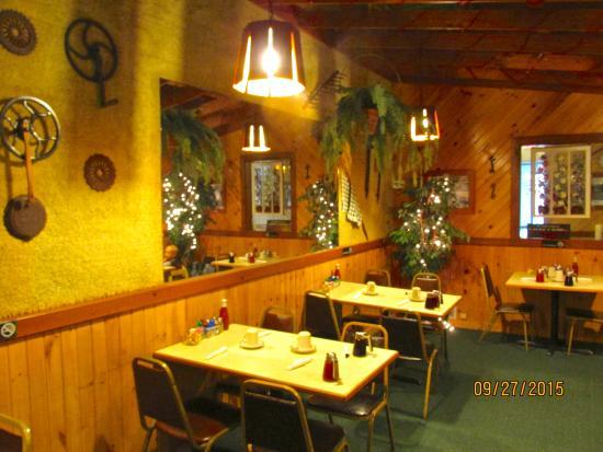 Main Street Cafe: Interior