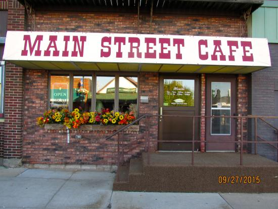 Main Street Cafe: Front