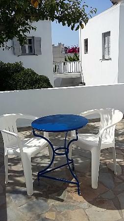 Hotel Aegean Village: Terrasse