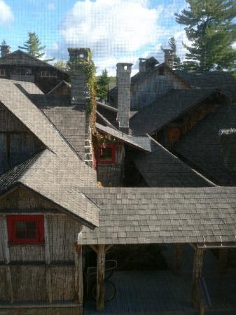 Sagamore National Historic Landmark Tours: Rooftops