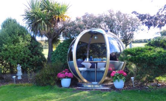 Coolakay House: Pod in the garden