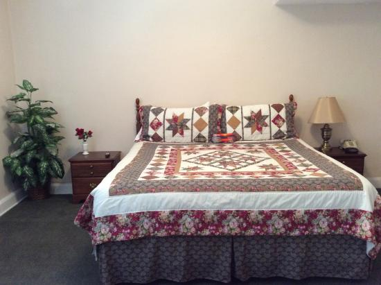 The Hotel Jacaranda: Our Master Suite