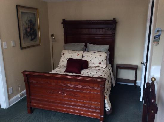 The Hotel Jacaranda: Mini-Suite