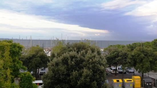 Tritone: vista del golfo di Trieste dalla camera, purtroppo non era una bella giornata