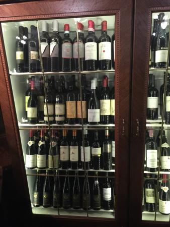 Botel Admiral: Captain room ,wine collection,