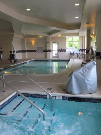 hilton garden inn philadelphiaft washington hot tub and pool - Hilton Garden Inn Philadelphia