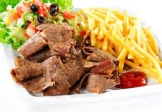 Anamour Kebab: Kebab servi