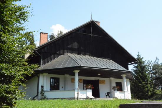 Entrance Pavilion in Czorsztyn