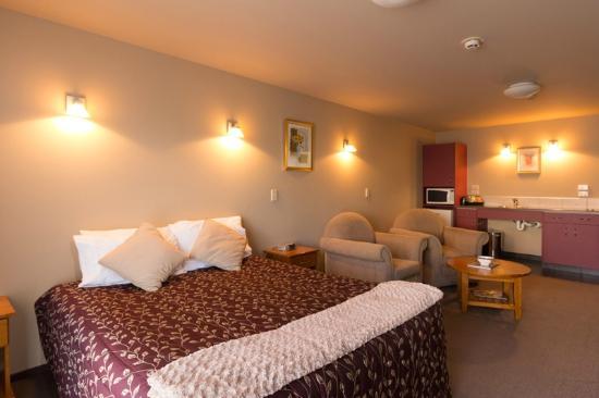 Balmoral Lodge Motel: Modern - Studio