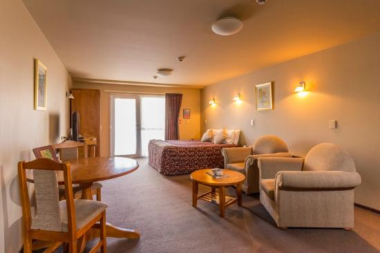 Balmoral Lodge Motel: one bedroom