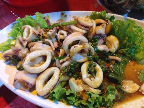 Best Seafood Restaurant On The Beach Near Treasure Island