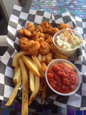 Sea Witch Cafe: Popcorn shrimp with fries