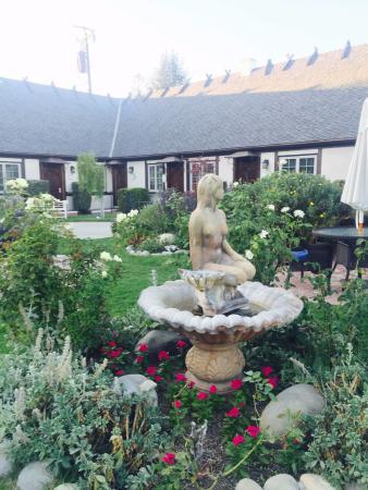 Solvang Gardens: Entrada do Hotel