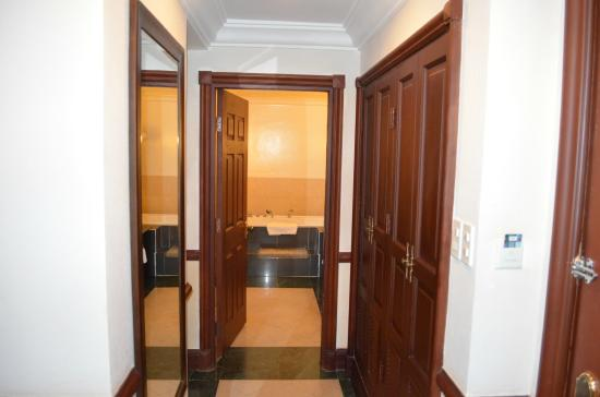 Sammy Dalat Hotel: коридор