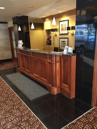 Best Western Plus Columbia River Hotel: photo1.jpg