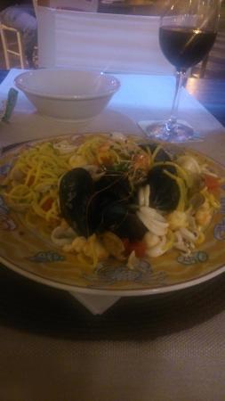 Ristorante Pizzeria Holiday da Carletto: pasta ai frutti di mare - delizioso!