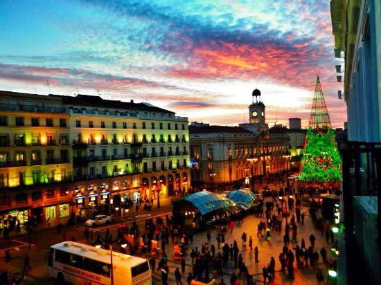 Room View Picture Of Hostal Puerta Del Sol Madrid