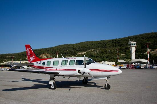 Air Excursion to Santorini by Private Plane by Tourtlee
