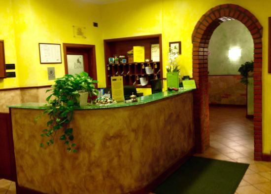 Hotel Toscana: RECEPTION