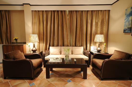 Mercure Value Riyadh : setting room