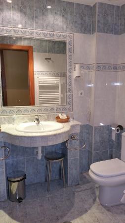 Hotel Carlos I: Baño