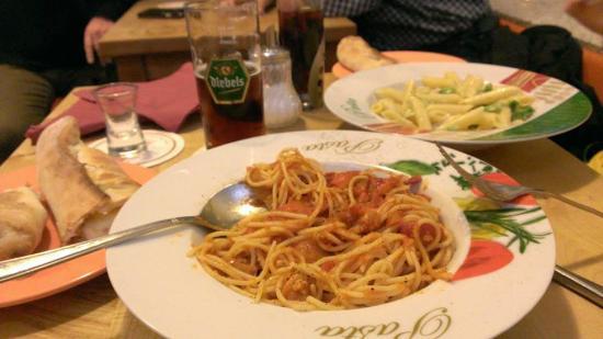 Pizzeria Bella Napoli