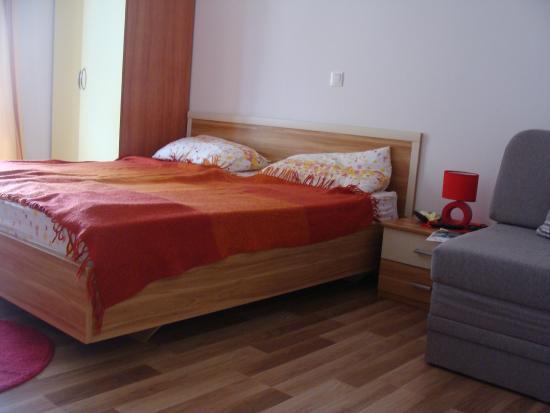 Apartments Civljak