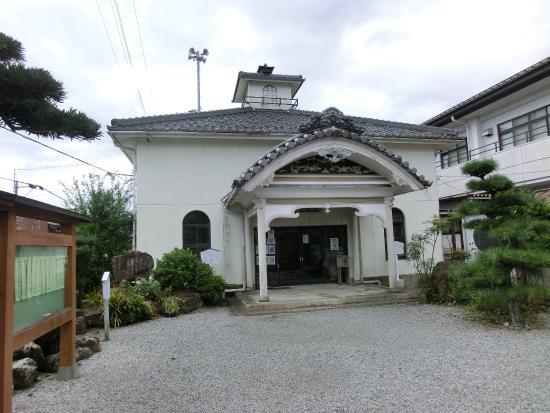 Tarui-cho, Japón: センスの悪い擬洋館風の外観